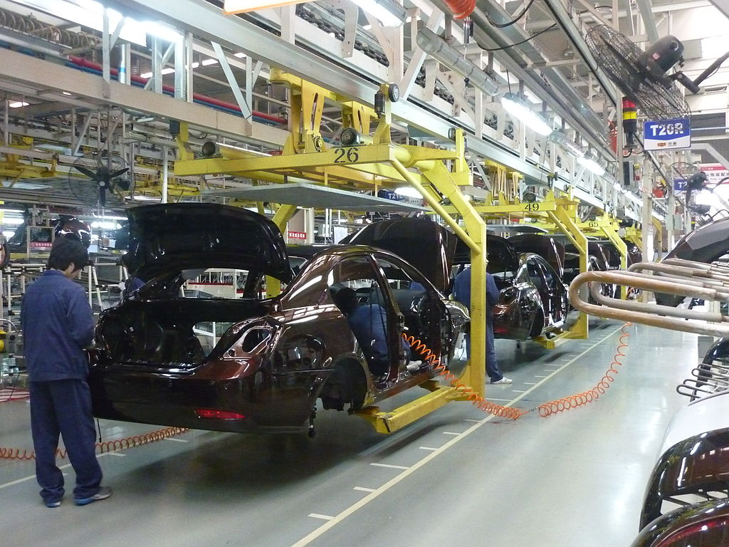 1024px-Geely assembly line in Beilun, Ningbo